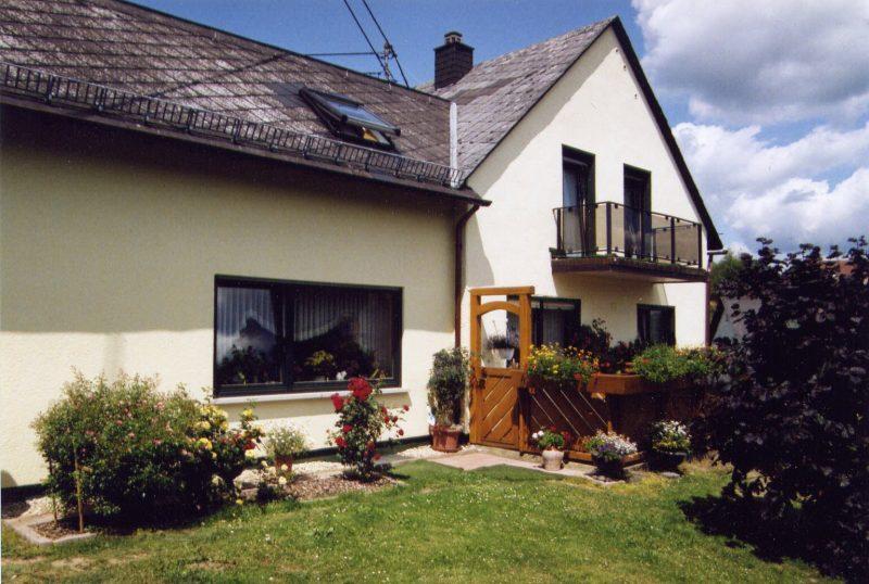 Burgblick-haus1