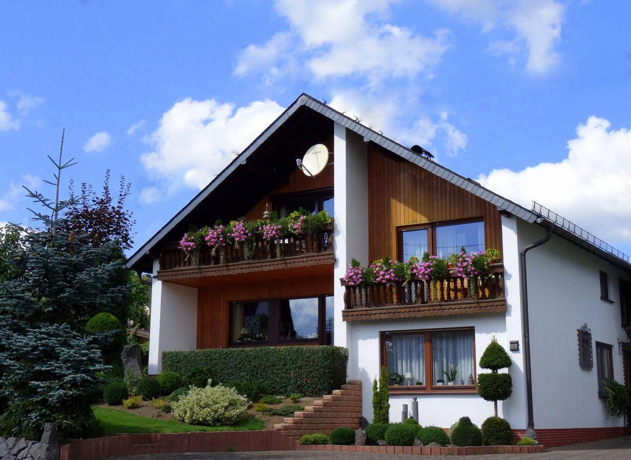 Eifel Ferienwohnung Decker in Ulmen, Fronwiese 12