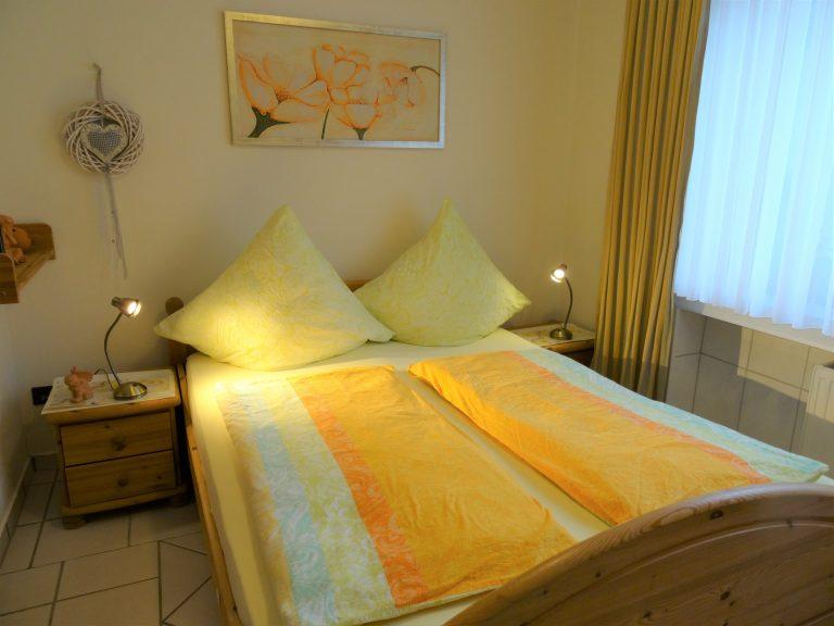 Fewo II, Decker Ulmen, Schlafzimmer 2656 (2)